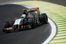 Dani Juncadella tries to correct his Force India before a crash in FP1