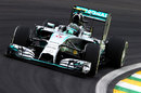 Nico Rosberg hits the apex in qualifying