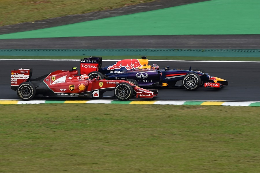 Kimi Raikkonen and Sebastian Vettel battle
