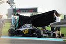 Stoffel Vandoorne's McLaren-Honda stops on track on its second run