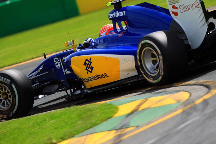 Felipe Nasr rounds a kerb in the Sauber