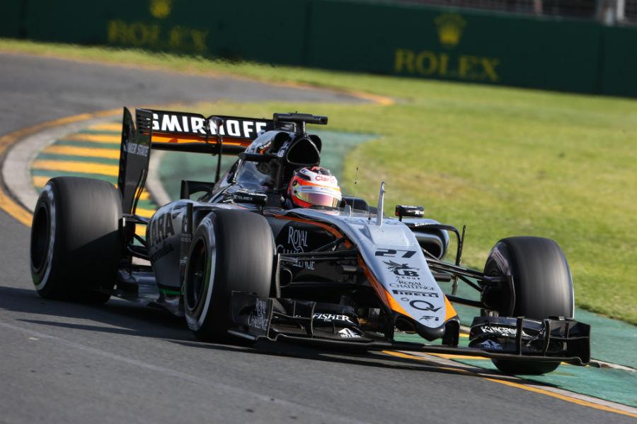Nico Hulkenberg navigates Turn 1