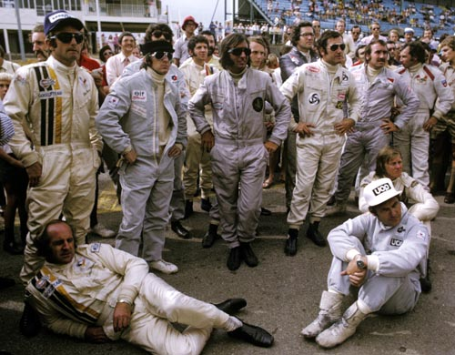 Some of the greatest names in F1 history in the pose for a photo