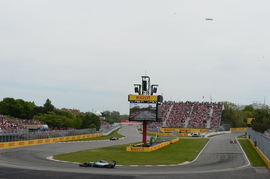 Nico Rosberg rounds the hairpin