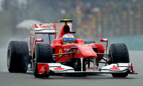 Fernando Alonso on his way to a fourth-place finish