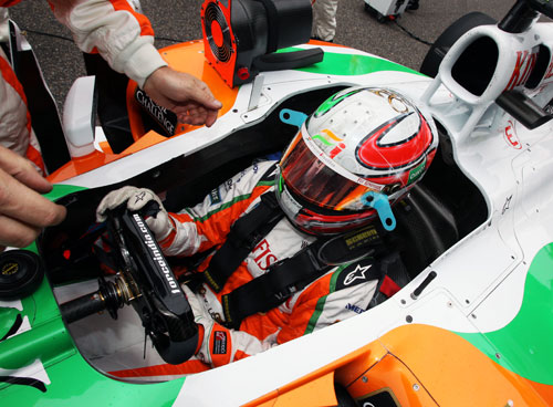 Tonio Liuzzi ahead of his first lap accident in China