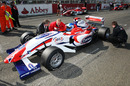Jonathan Palmer with his son Jolyon Palmer on the grid