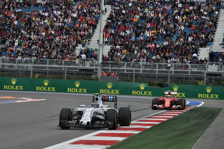 Valtteri Bottas leads Kimi Raikkonen