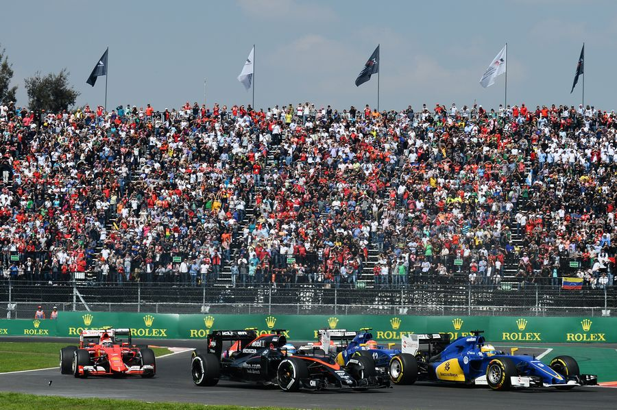 Fernando Alonso at the race start