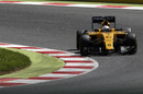 Kevin Magnussen approaches a corner