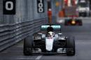 Lewis Hamilton takes a lead from Daniel Ricciardo