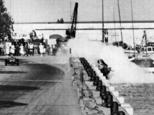 Alberto Ascari plunges into the Monaco harbour