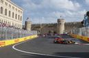 Daniel Ricciardo works hard to keep his pace