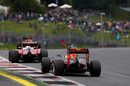 Daniel Ricciardo struggles to keep his pace