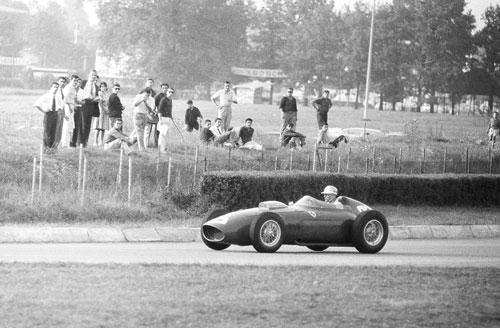Phil Hill on his way to winning the Italian Grand Prix