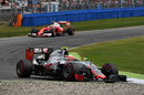 Esteban Gutierrez turns into the corner
