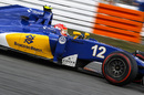Felipe Nasr works hard to keep his pace