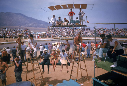 Spectators wait for the start of the United States Grand Prix