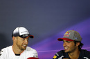 Jenson Button and Carlos Sainz chat in the Thursday press conference