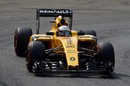 Kevin Magnussen on track with super-soft tyres
