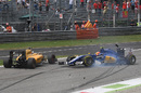 Jolyon Palmer and Felipe Nasr collide