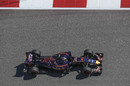 Carlos Sainz works hard to keep pace