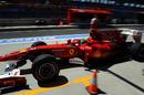 Felipe Massa returns to the pits