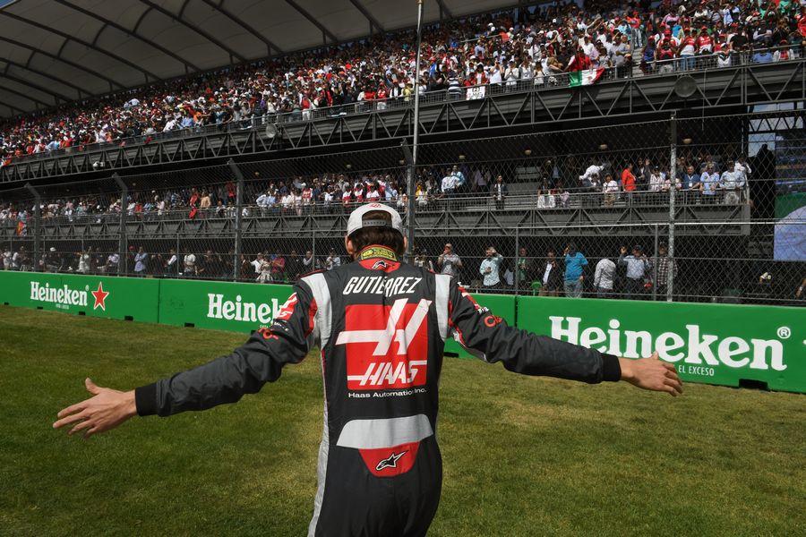 Esteban Gutierrez meets home fans before the race