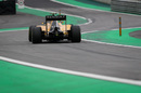 Jolyon Palmer works hard to keep his pace