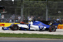 Marcus Ericsson crashes into the gravel in FP2