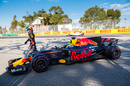 Daniel Ricciardo leaves his car