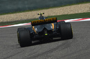 Jolyon Palmer on track in the Renault