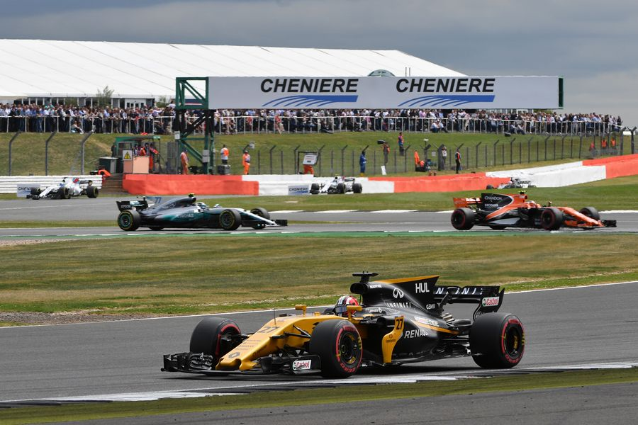 Nico Hulkenberg on track in the Renault