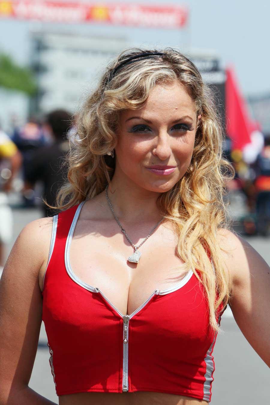grid girl poses on race day formula 1 photos espn co uk