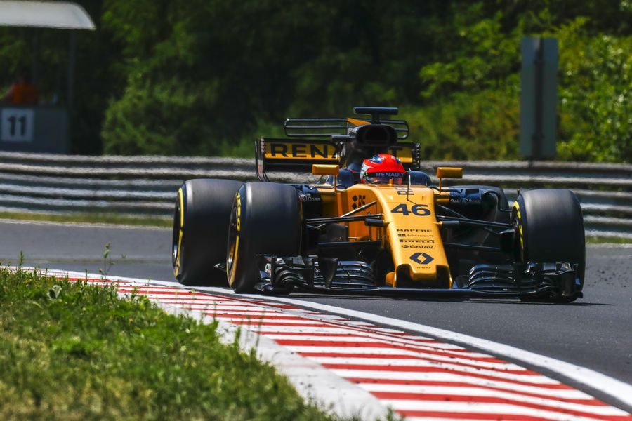 Robert Kubica on track in the Renault