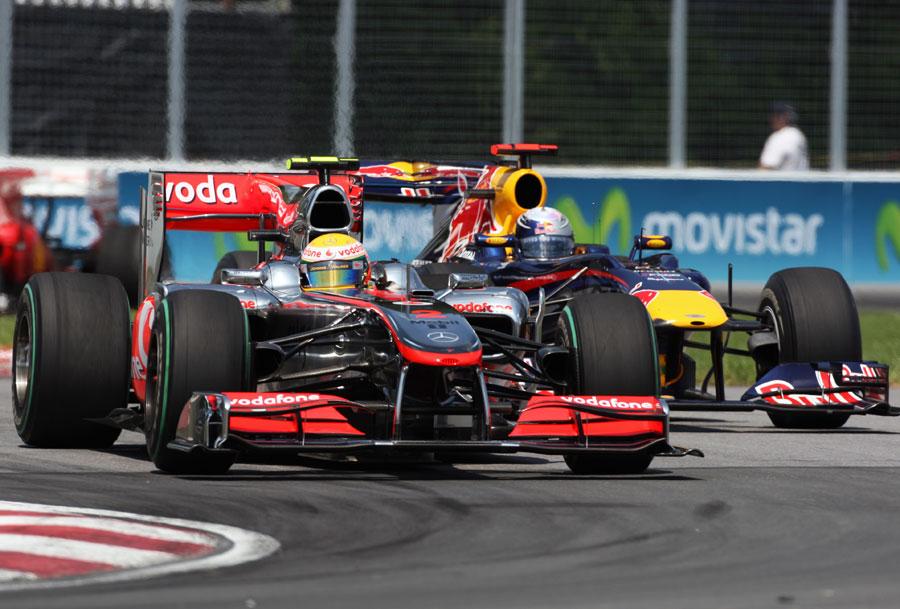 Lewis Hamilton leads Sebastian Vettel early in the race