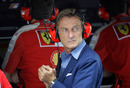 Luca di Montezemolo joins the Ferrari pit wall