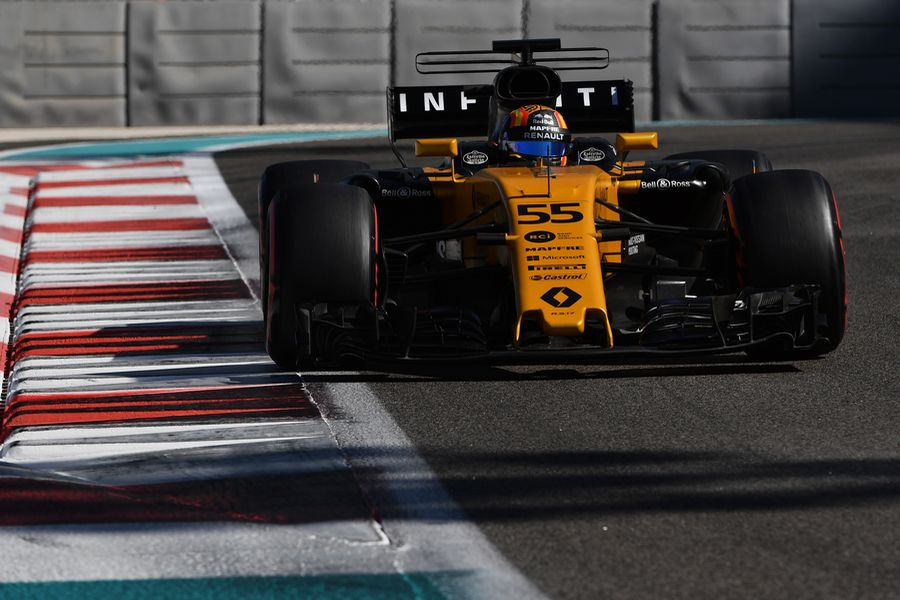 Carlos Sainz jr on track in the Renault