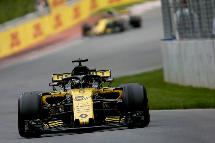 Nico Hulkenberg on track in the Renault