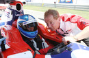 Jolyon Palmer takes advice from his father, Jonathan