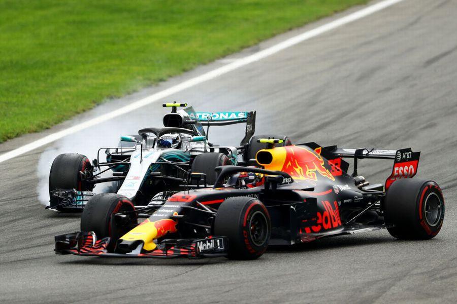 Max Verstappen and Valtteri Bottas battle for position