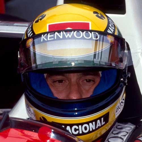 Ayrton Senna prepares fora race