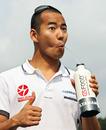 Sakon Yamamoto keeps hydrated