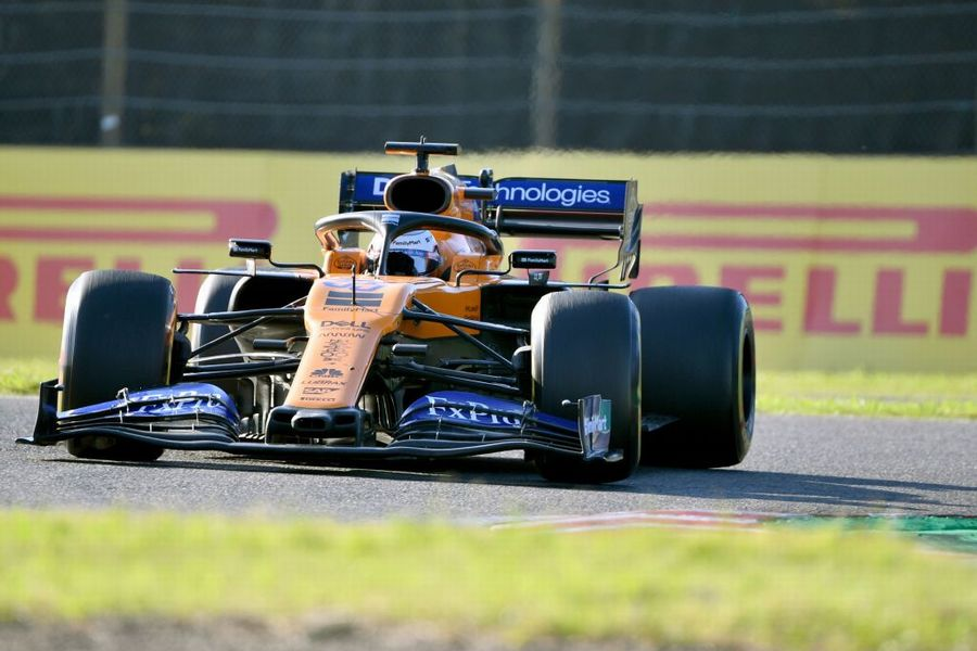 Carlos Sainz Jr on track in the McLaren