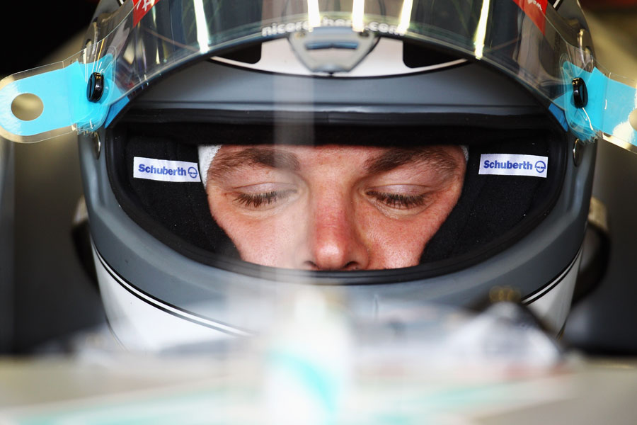 5652 - Rosberg staying realistic about 2011 chances