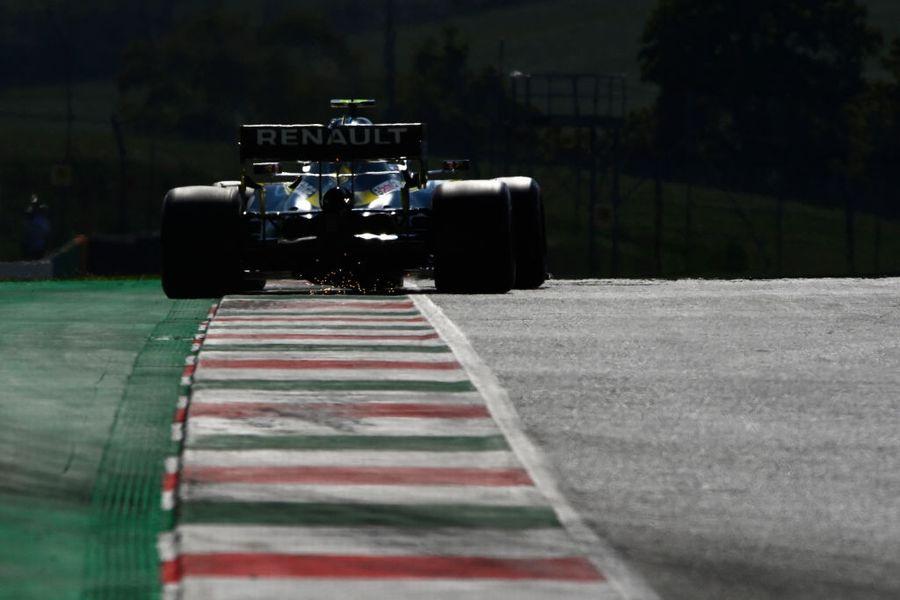 Esteban Ocon on track in the Renault