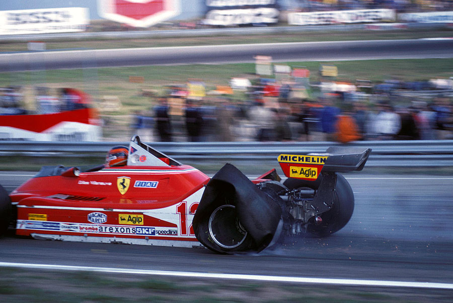 Gilles Villeneuve returns to the pits on three tyres