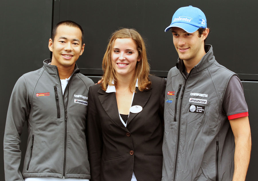 Sakon Yamamoto and Bruno Senna pose for a photo