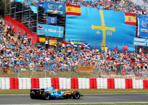 Renault's Fernando Alonso in action in front of his home crowd in Barcelona