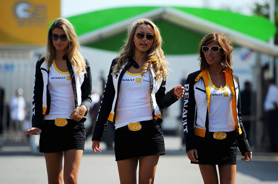 Renault girls in the paddock